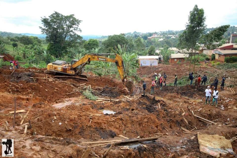 Stanley Enow Visit Landslide Site in Bafoussam